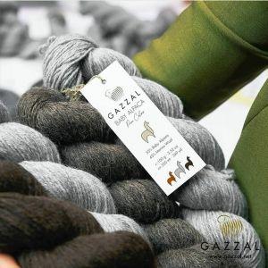Пряжа  Gazzal Baby alpaca pure colors 🤗в наличии в нашем интернет магазине 🌞 Цена за упаковку 2460 руб. 💥💥💥   Цена за моток выходит 492 руб🌞🌞🌞 Палитру можно посмотреть у нас на сайте, так же высылаем по запросу в КОММЕНТАРИЯХ.  ℹℹℹℹℹ  Страна производства:Турция Состав пряжи: 45% мериносовая шерсть, 55% беби альпака Длина нити:320 м Вес мотка:100 гр Мотков в упаковке:5 Вес упаковки:500 гр  #вязаниенапродажу #gazzalbabyalpaca #вязаниемоехобби #вяжутнетолькобабушки #хэндмэйд #вязаниеспицы #вязаниедетям #вязаниеназаказ #вязание_крючком #вязаниенаспицах #крючок #спицы #вязаниехобби #пряжа #люблювязать #вязание #вязаниекрючок #вязание_на_заказ #нитки #вязаниекрючком #вязаниеспицами #вязаниенамашине #prilaga #своимируками #вяжутнетолькобабушкиноимамочки #вяжу